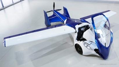Новая эра - летающий автомобиль на улицах города