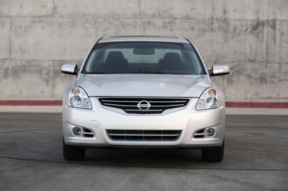 Производство Nissan Altima Hybrid  остановлено