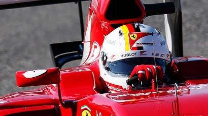 Себастьяна Феттеля обвиняют в краже дизайна шлема F1 великого Михаэля Шумахера