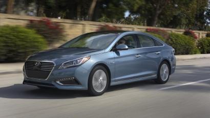 Hyundai Sonata Hybrid и Plug-in Hybrid 2016 года